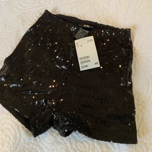 💋 H&M Sequin Booty Shorts!!! 💋